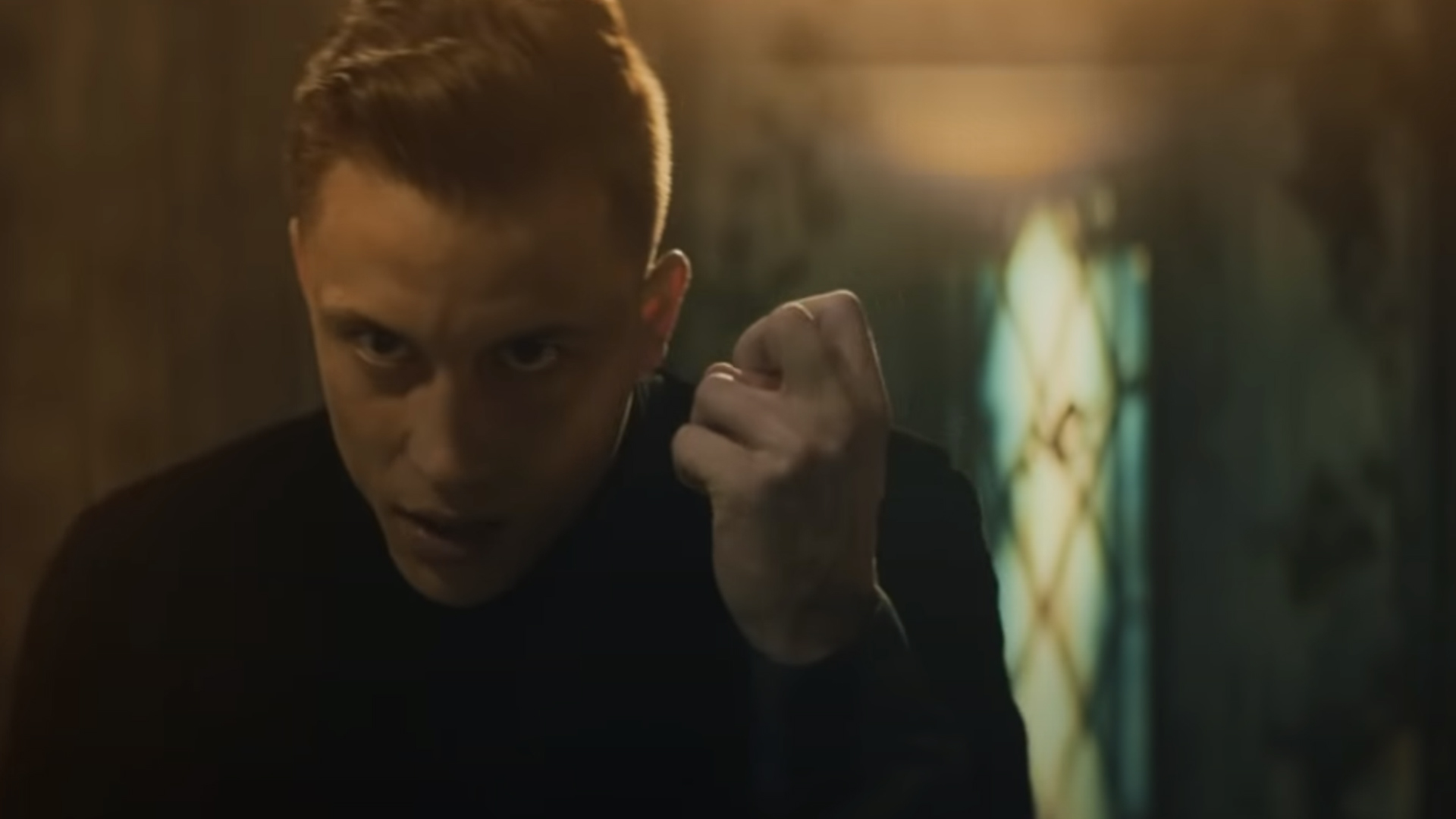 Loic nottet mud blood